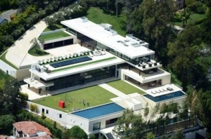 See The Mega Mansion Jay Z And His Pregnant Wife, Beyonce Are Reportedly Buying For N120M (Photos)